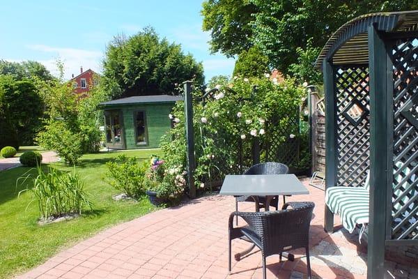 Terrasse und Garten von Käpt'n Sun