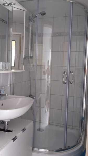 Bad Dusche/WC mit Fenster