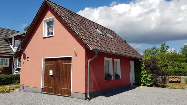 Aussenansicht Schlafzimmerfenster OG Ferienwohnung Rügen 3