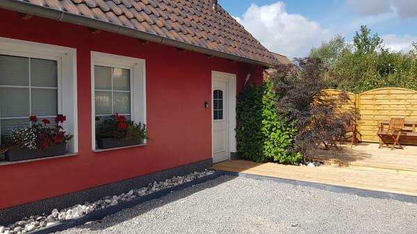 Stellplatz direkt am Haus Ferienunterkunft Rügen 3