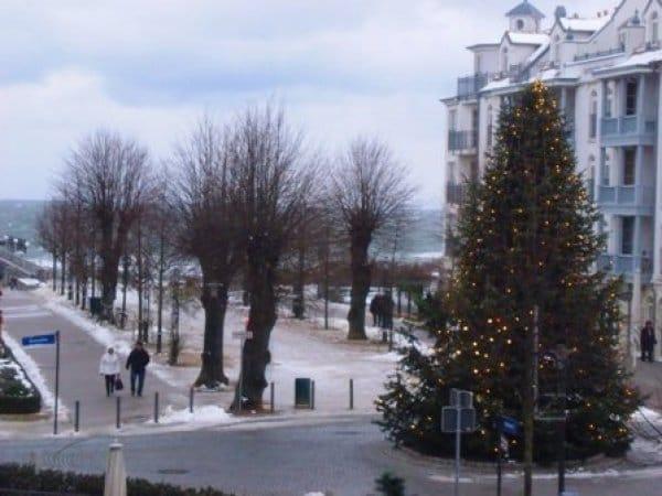 Weihnachten an der Seebrücke, Blick vom Balkon