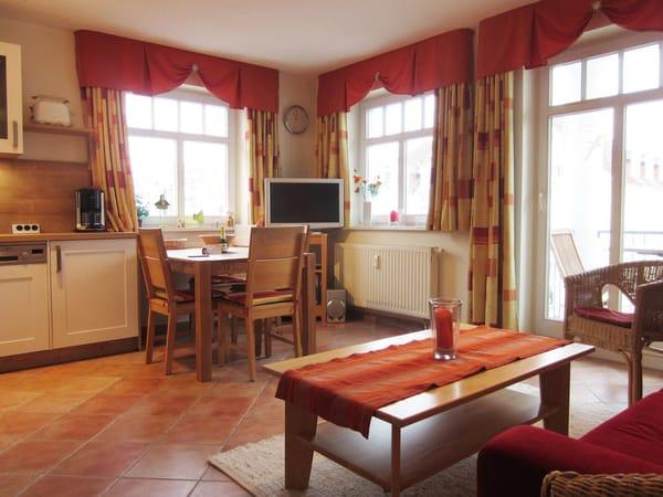 Gemütliches und helles Wohnzimmer