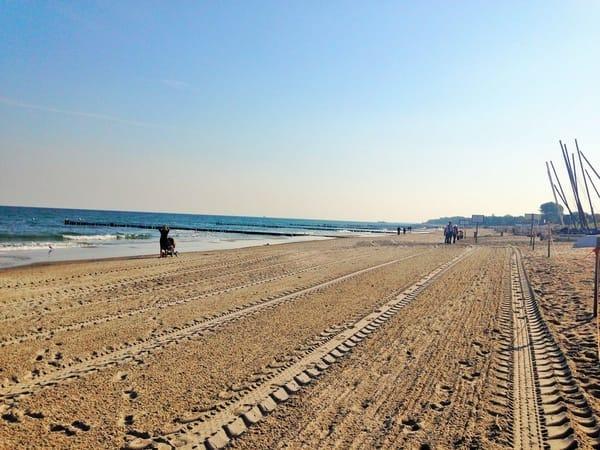 Ihr Strandabschnitt in der Nähe.