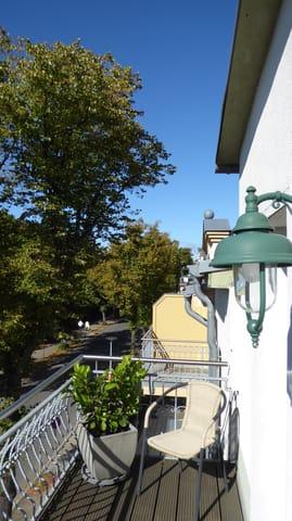 FW2, Balkon, Richtung Kurpark
