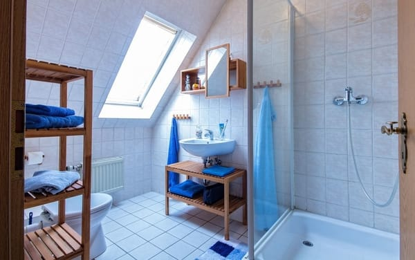 schliemann 2 zimmer ferienwohnung fewo1 kirchdorf mecklenburg ostsee. Black Bedroom Furniture Sets. Home Design Ideas