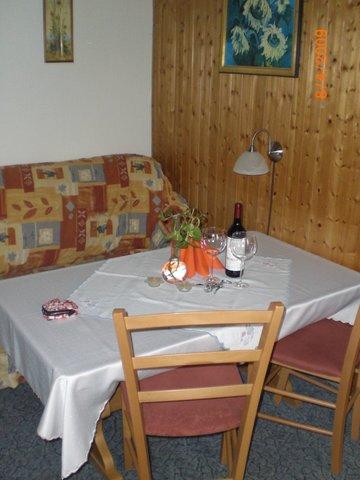 Ferienhaus - der Esstisch