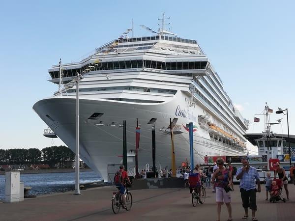 Hier kann man im Sommer fast jeden Tag Kreuzfahrtschiffe bewundern