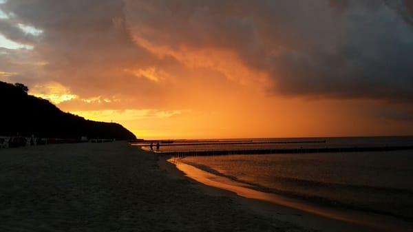 Sonnenuntergang am Kölpinsee´er Strand.