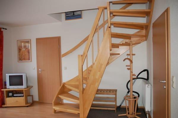 Treppe zum oberen Wohn-/Schlafbereich