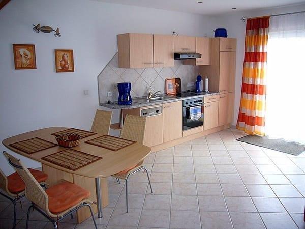 Einrichtungsbeispiel offene Küche im Erdgeschoss