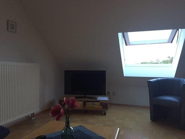 Wohn/Schlafzimmer oben: Sizgelegenheiten