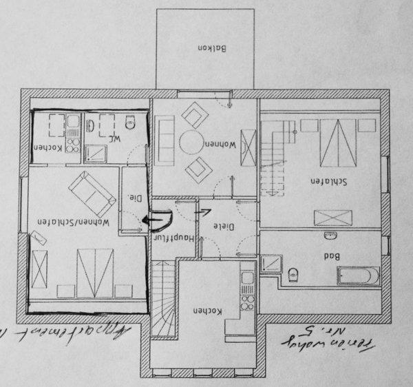 Rechte Seite Wohnung Nr 5 mit 2 SZ, das 2 SZ führt vom SZ 1 über die Treppe nach oben.