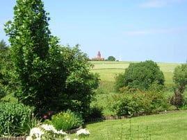 Panoramablick auf den Bastorfer Leuchtturm
