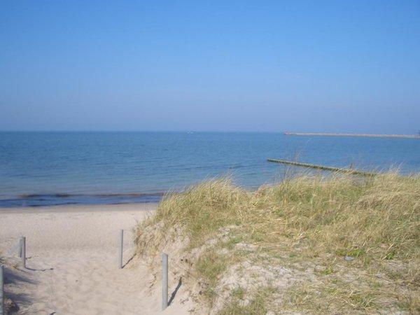 Weg durch die Dühnen zum Ostsee Strand