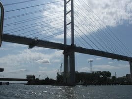 Da ist sie, die neue Rügenbrücke, aufgenommen 2006
