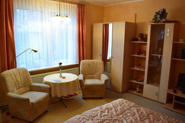 Haus wieland 1 zimmer ferienwohnung heringsdorf usedom ostsee - Sitzecke wohnzimmer ...