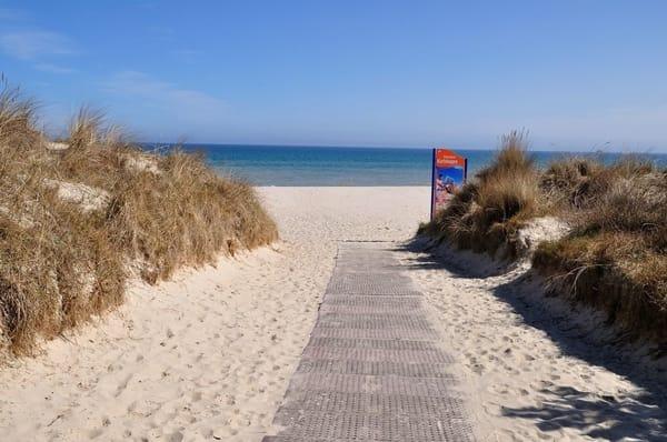 Strandzugang. Von der FeWo zum Strand gehen Sie ca. 5 min.