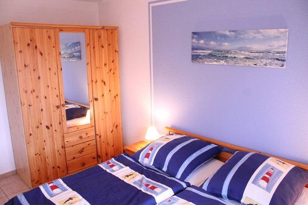 Schlafzimmer1 mit Bett 1,80 x 2,00 m