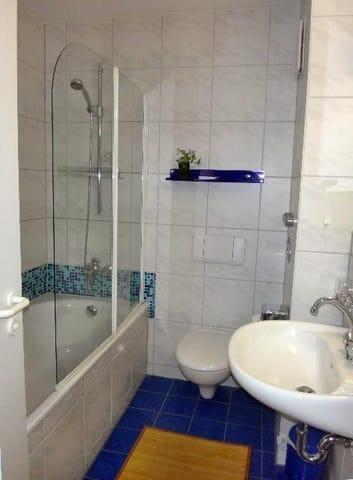 Wannen - Bad, Dusche