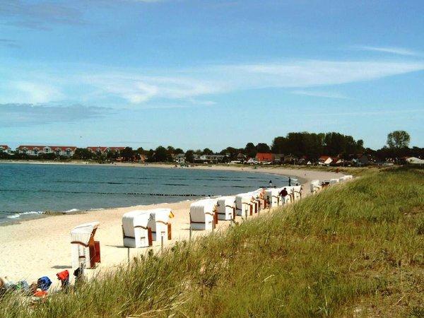 Strand in Glowe / Richtung Hafen