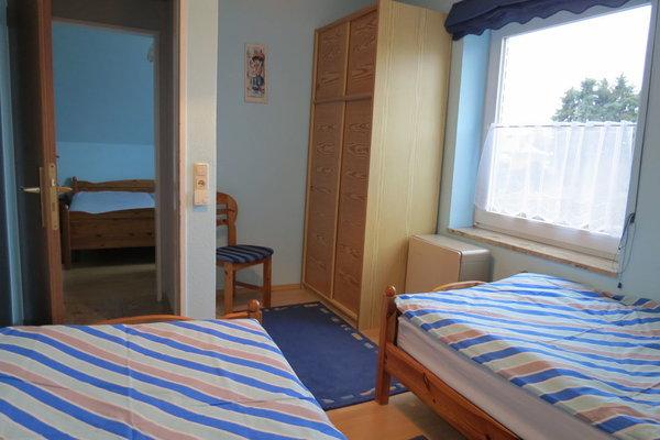 Die andere Ecke vom 2. Schlafzimmer im 1. Stk.