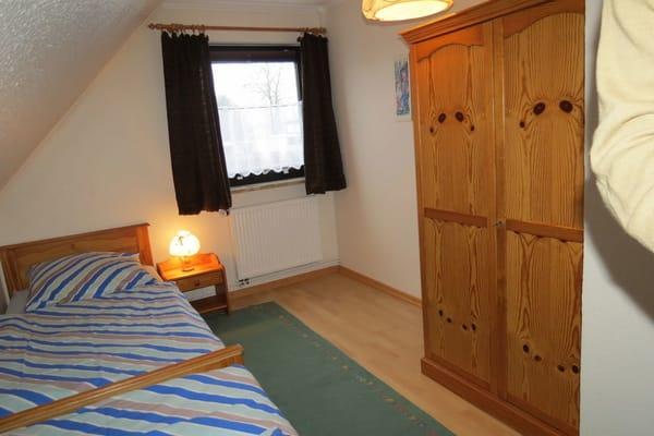 Das ist das 2. Schlafzimmer vom.