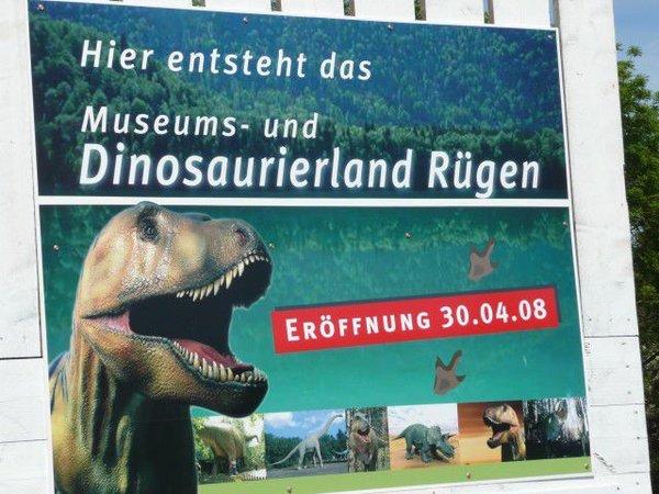 ein Ausflug mit den Kindern zum Dinopark