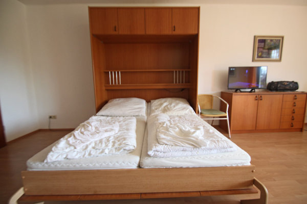 ausgeklappte Betten
