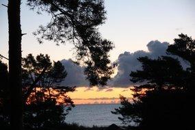 Blick vom Balkon und Loggia beim Sonnenuntergang