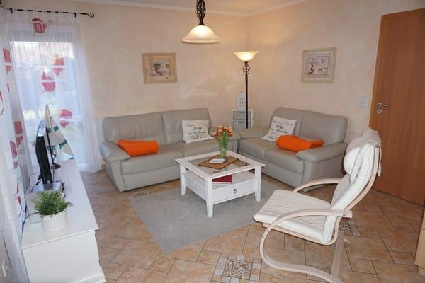 Gemütliche Sitzecke im mediterranen Stil