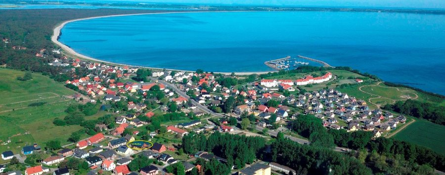 Luftaufnahme mit Lage des Hauses Glower Bucht