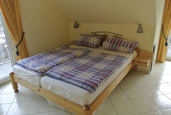 ...separates Schlafzimmer