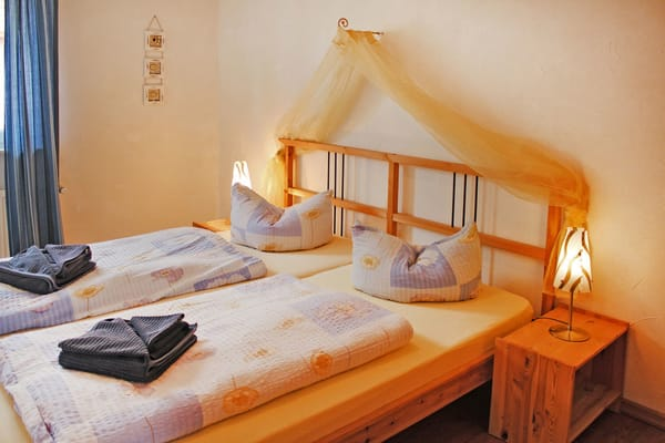 Schlafraum mit himmlischem Bett