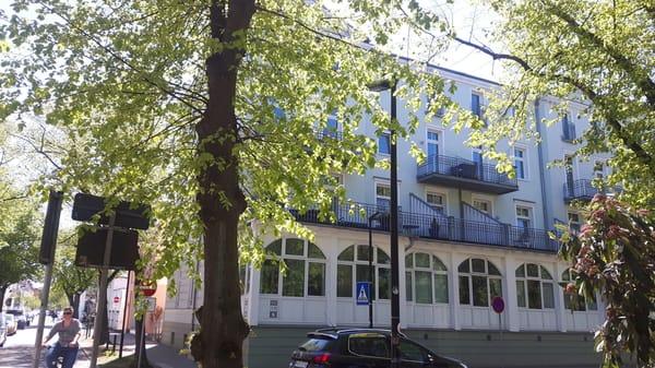 Sanierte Gründerzeitvilla direkt am Kurpark