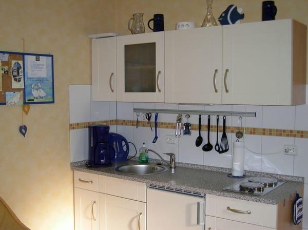 Küchenzeile löffelfertig eingerichtet jetzt mit Ceranfeld ab Saison 2015