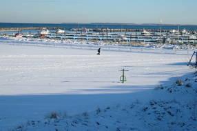 winterliche Impression am Jachthafen