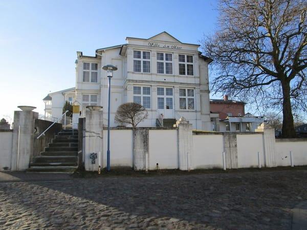 Villa Am Meer, Kastanienallee 5/Ecke Friedrichstraße