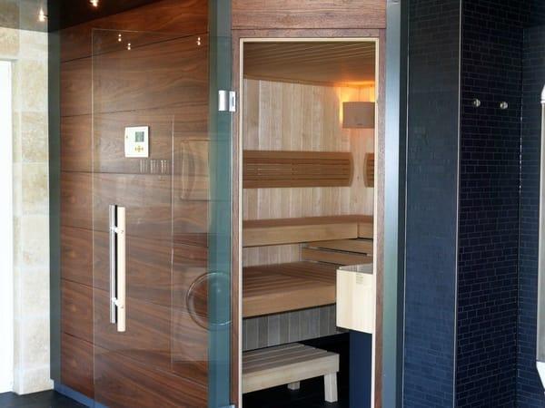 Sauna sowie Infrarotkabine  Nebengebäude