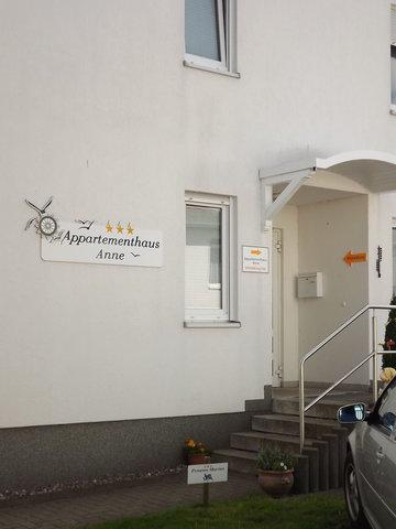 Eingang Treppe zur Anmeldung