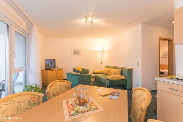 Wohnbereich 2-Raum mit Küchenteil