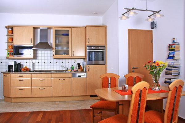 Wohnzimmer - großer Küchenbereich