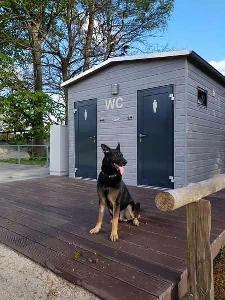 Nicht ganz unwichtig am Strand - kostenlose neue WC-Häuschen ab 2019 !!!