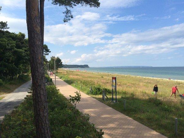 Promenade am Baaber Strand