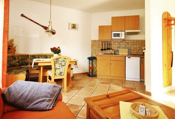 Küche mit Geschirrspüler,großer Essbereich