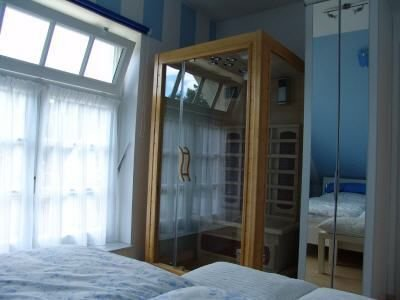 1 Schlafzimmer mit Wärmekabine