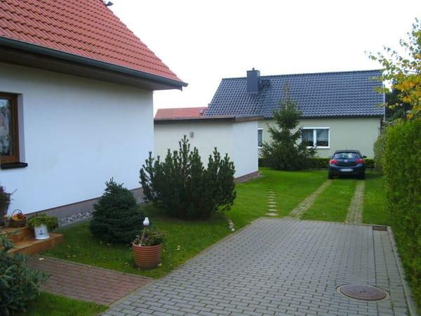 Sie sehen unser Haus, Ihr Ferienhaus mit dem Parkplatz