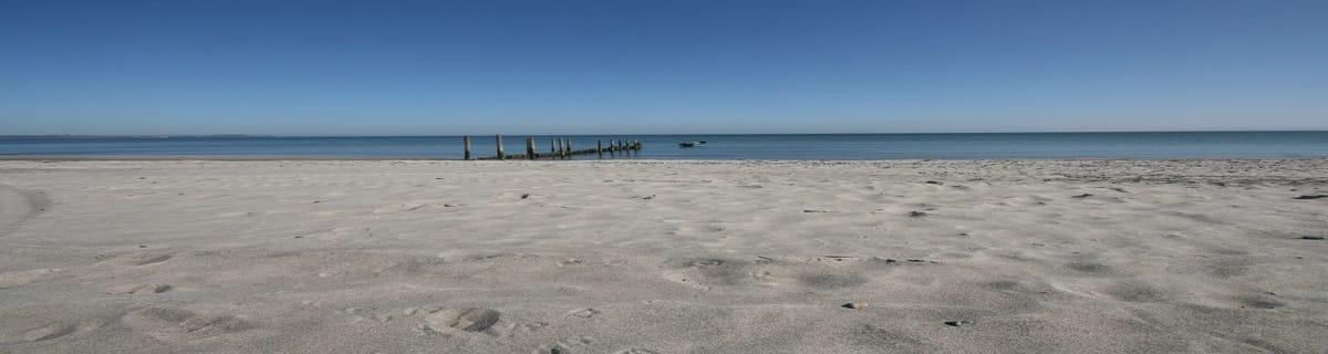 Strand hinter der Dünenresidenz Juliusruh