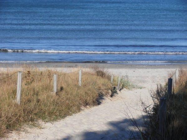 Strandzugang direkt vom Grundstück der Ferienwohnung