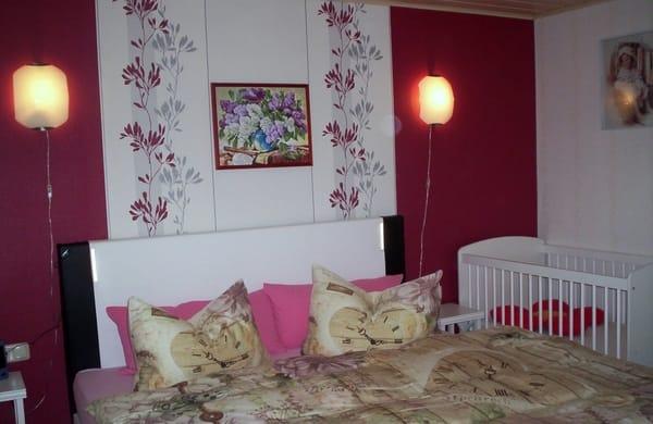 Schlafzimmer  mit 180x200cm Boxspringbett
