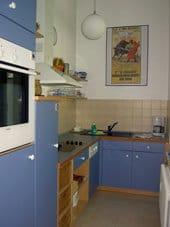 separate Küche (mit Fenster)